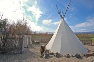 Cherry Wood BandB-Rendezvous-Teepee